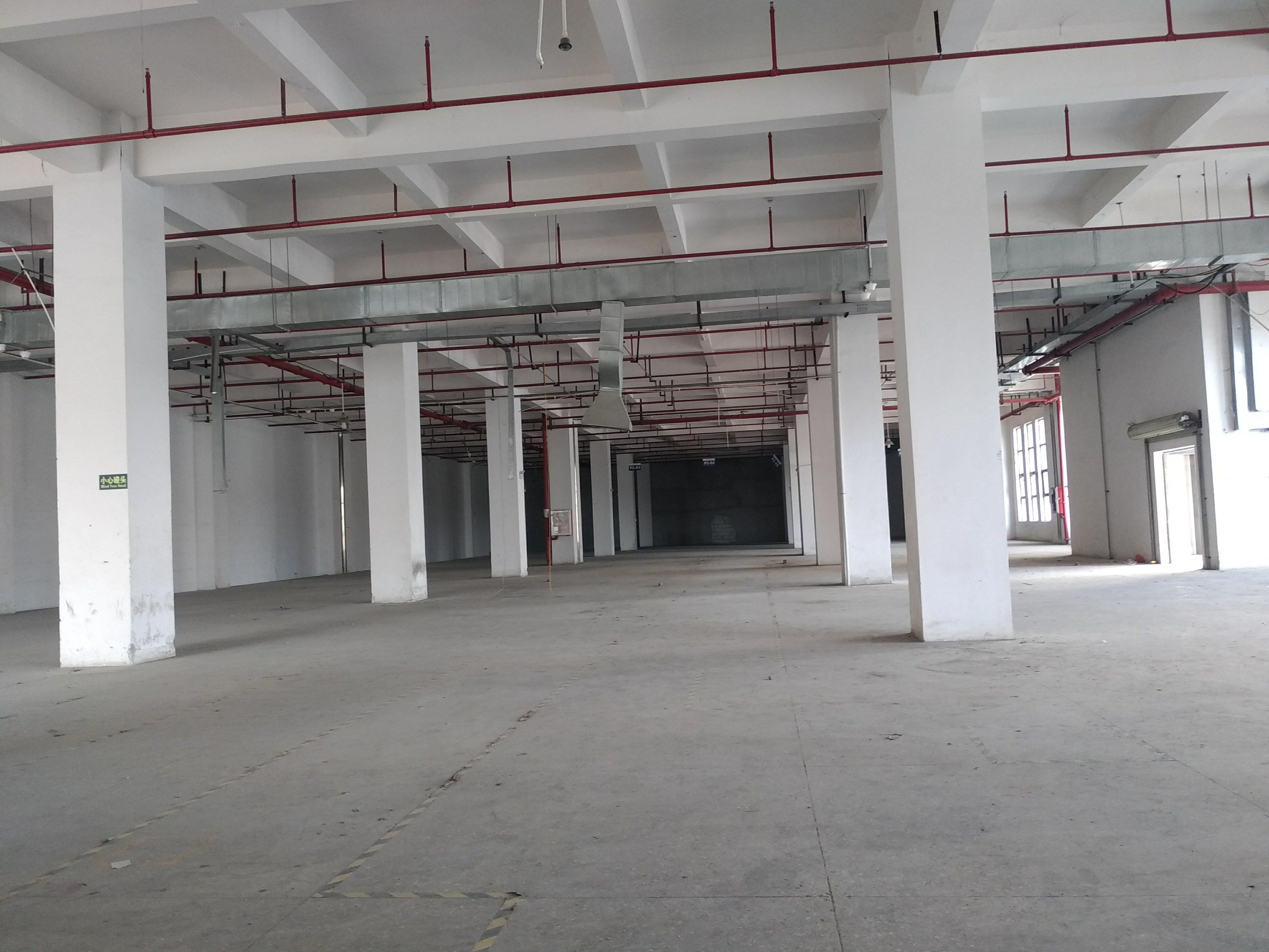 石岩塘头一楼重工业厂房1720平米招租,有红本,含税