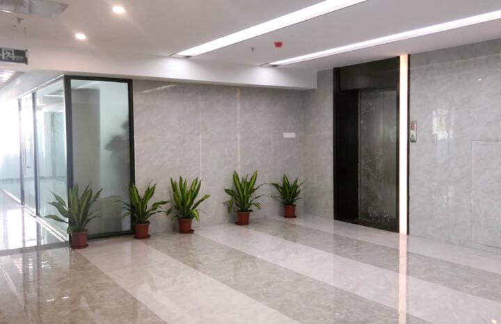 福永新装修出大小面积办公室65平图片4