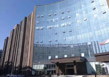 布吉地铁站租客新退出15楼155平带装修写字楼出租图片1