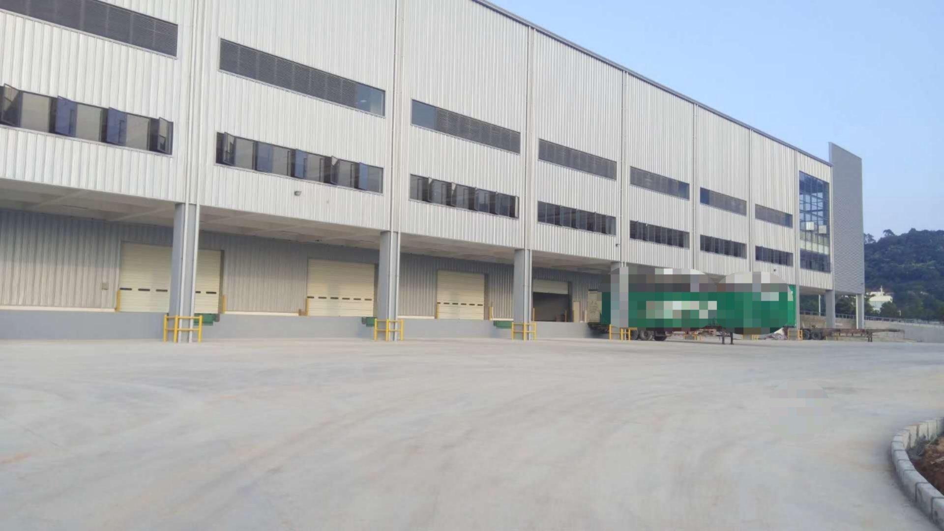 同沙新出标准物流仓库有卸货平台,高度12米,空地超大