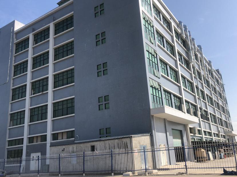 原房东独门独院钢结构单一层32000平方米大小好分租证件齐全