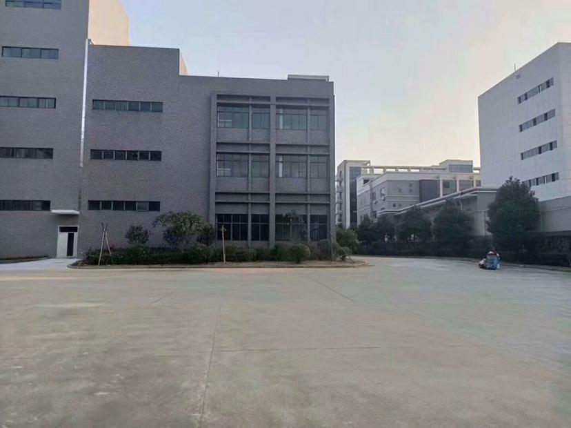 深圳龙岗中心城10000平红本厂房出售