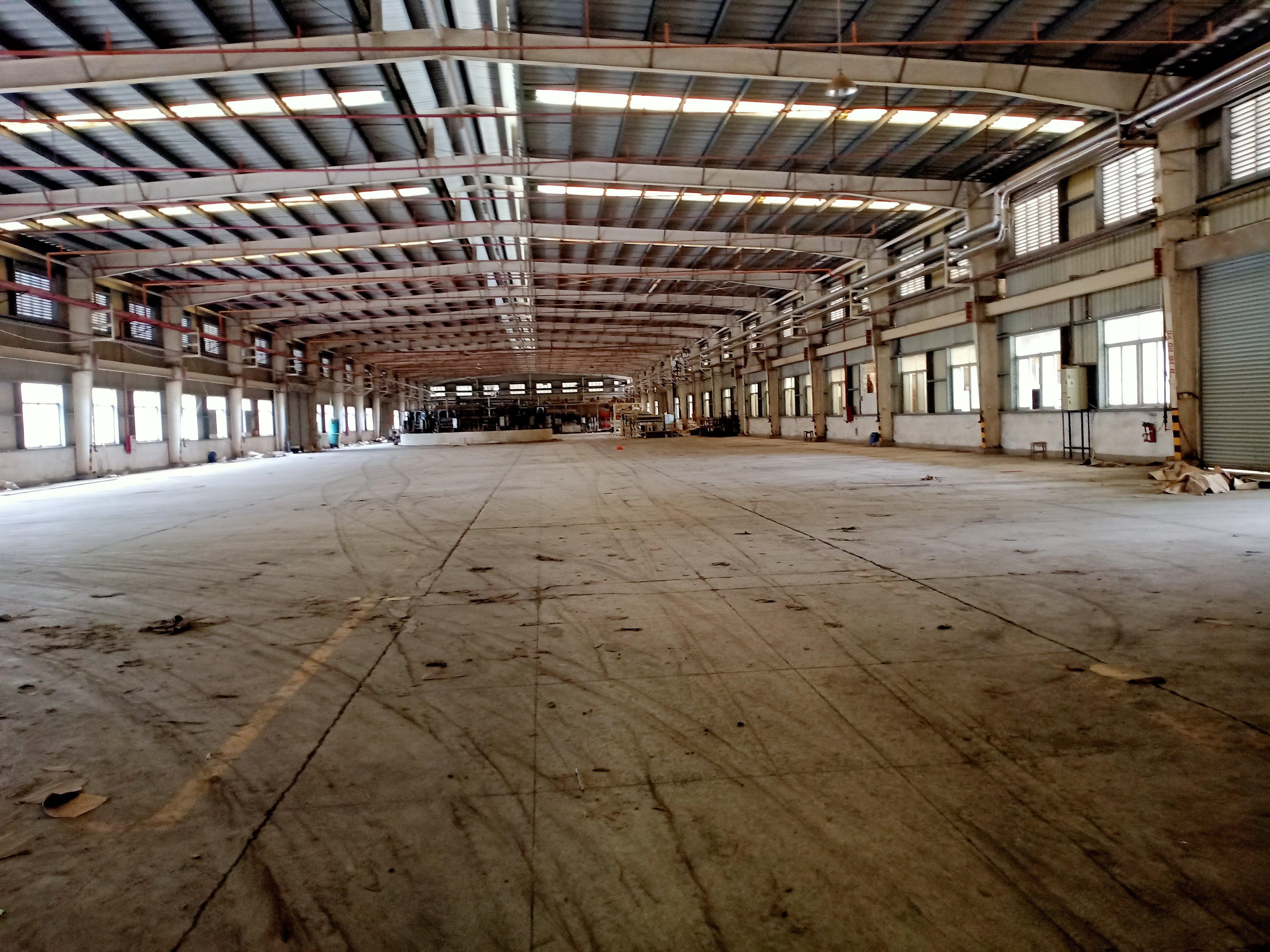 道滘独院单一层重工业厂房滴水8米工业用地可办环评空地大