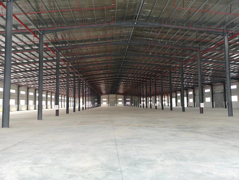大亚湾高速出口旁仓库大小分租3000平