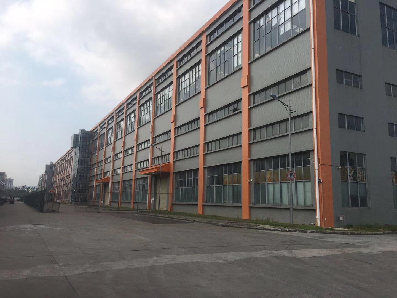 西乡黄田107国道边昌图科技园3楼1600平厂房出租带装修