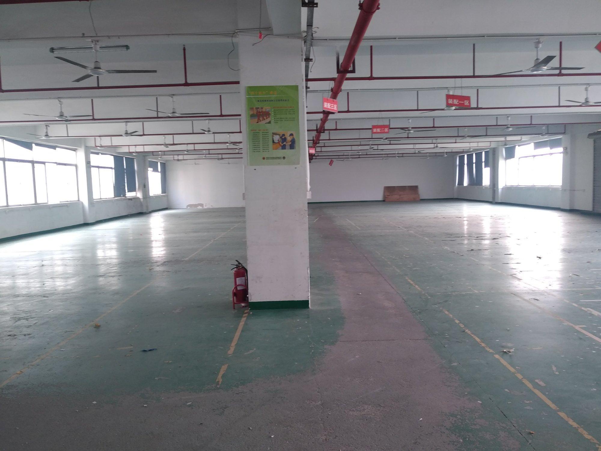 石岩北环志炫翰工业园楼上420平米厂房招租