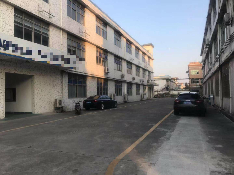 松岗大田洋东方大道,最新出独院厂房面积1-3层楼3600平方-图3