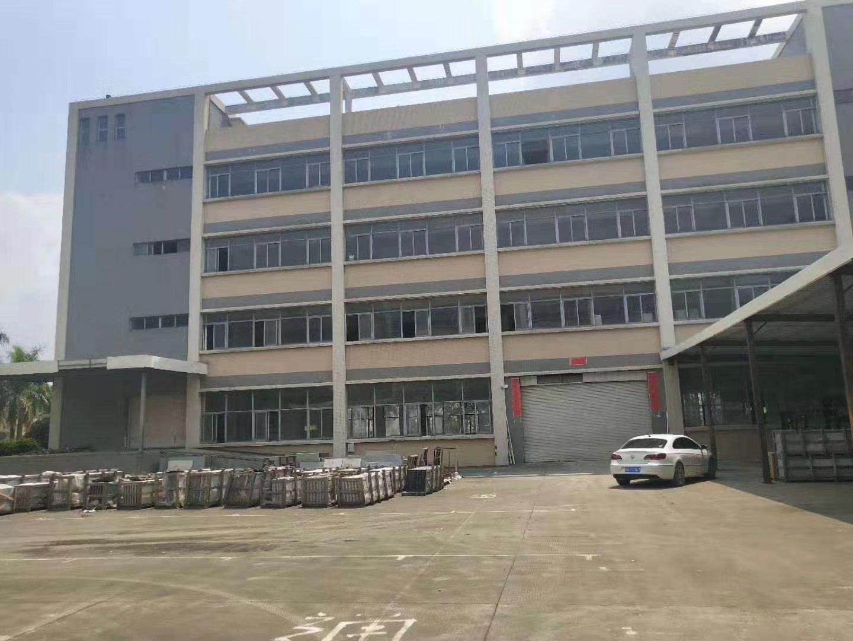 平湖清平高速出口独门独院厂房2-3楼1500平方米厂房招租