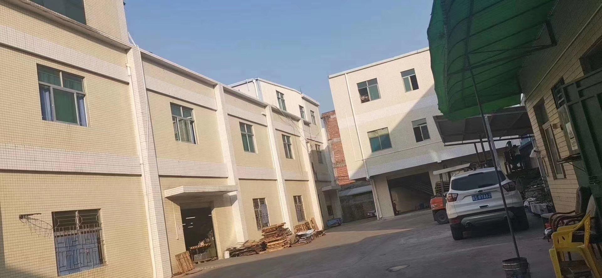清溪镇集体证占地2000平方米,建筑3200平方米:两层半厂