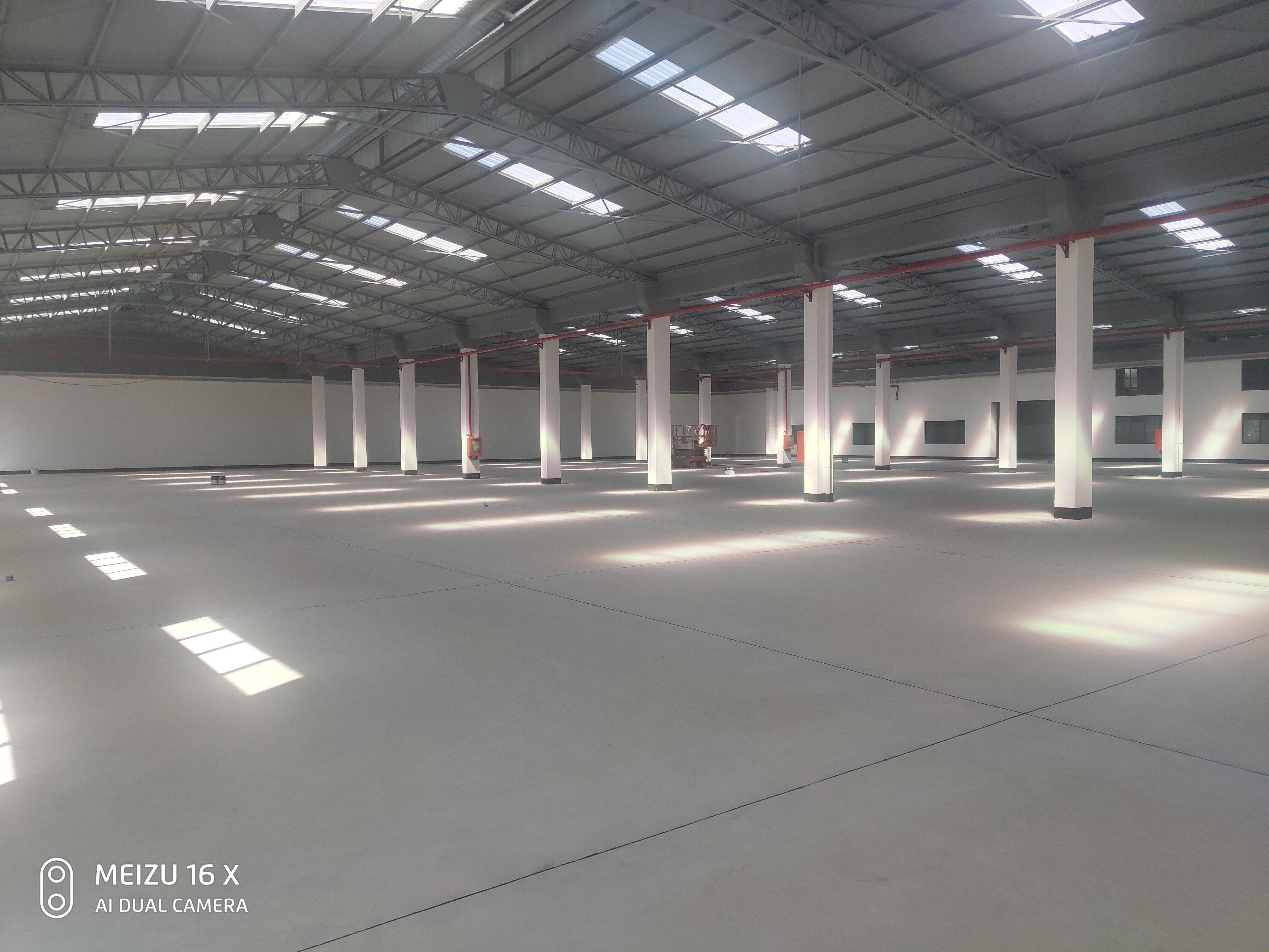 光明区靠高速大型工业园20000平大小可以分割
