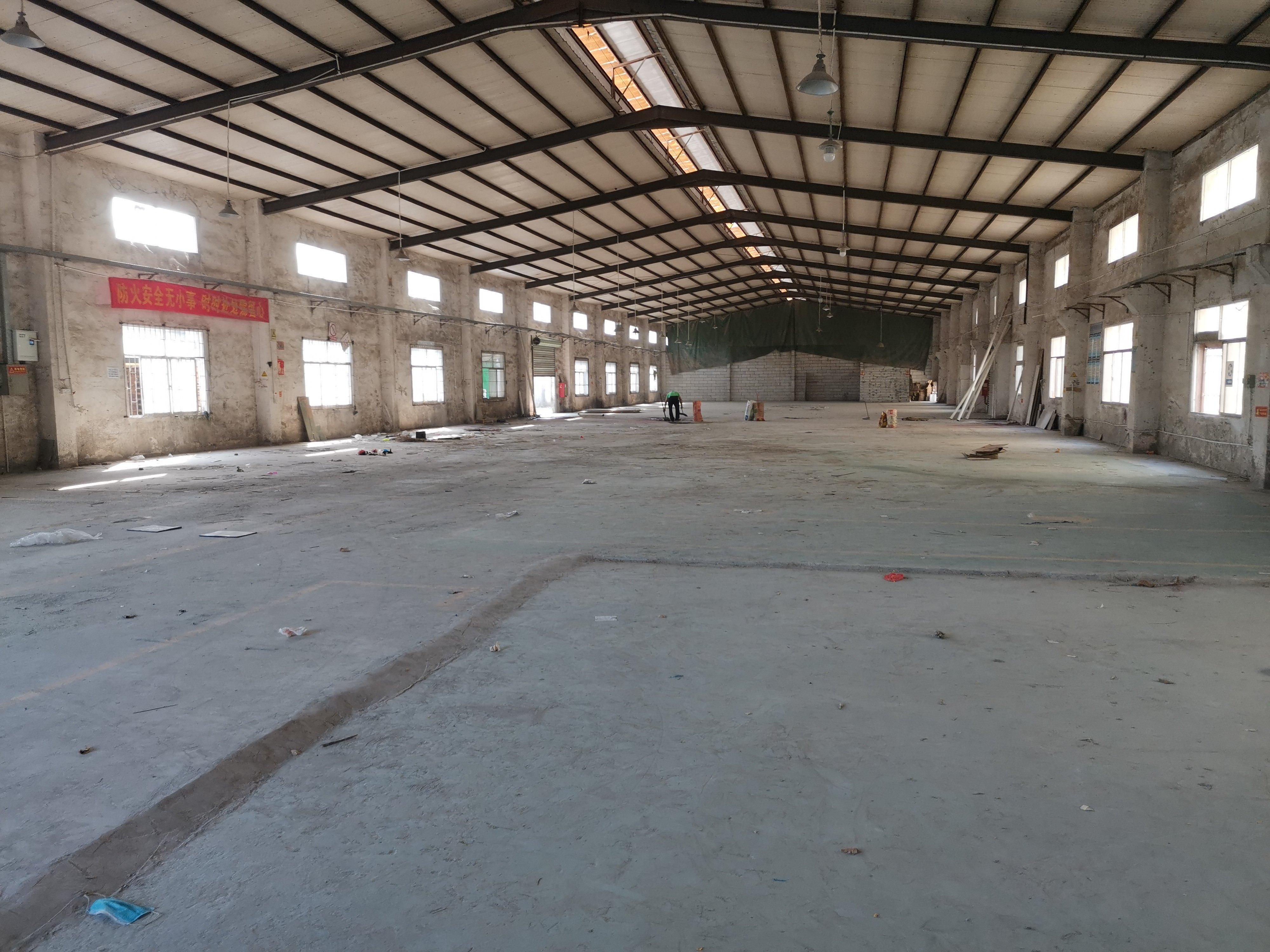 坪地钢构厂房仓库1000平出租,价格便宜