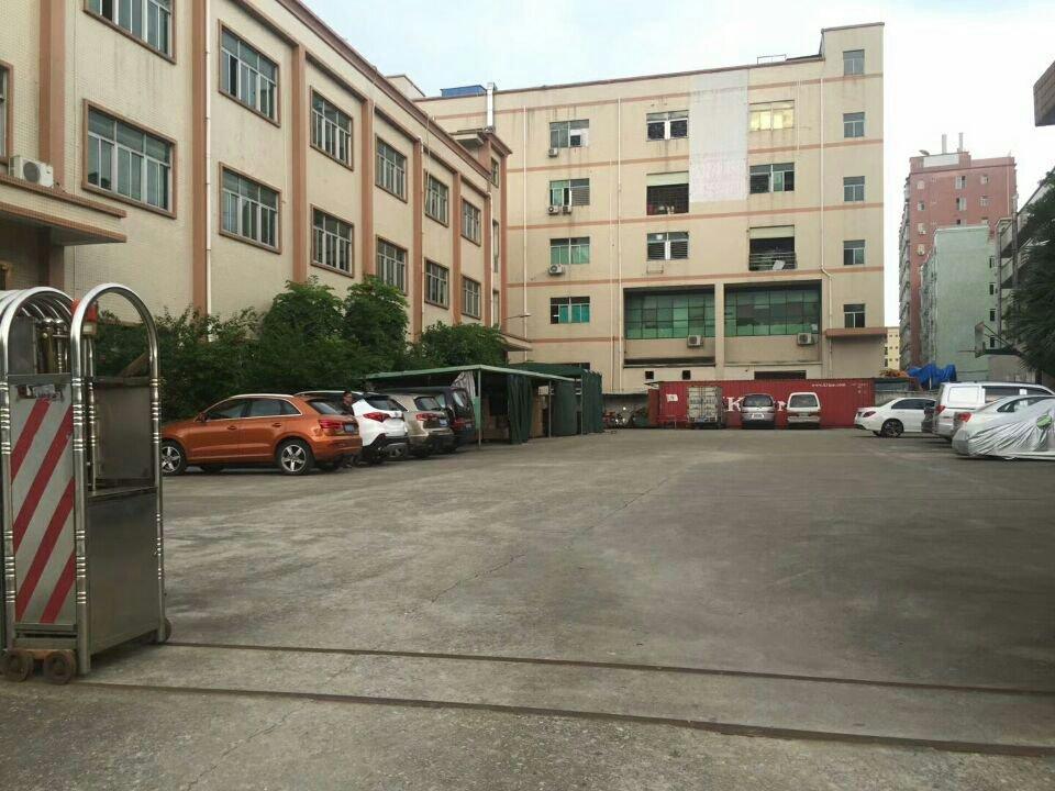 松岗沙浦围原房东独院1-3层3800平方厂房出租,没公摊