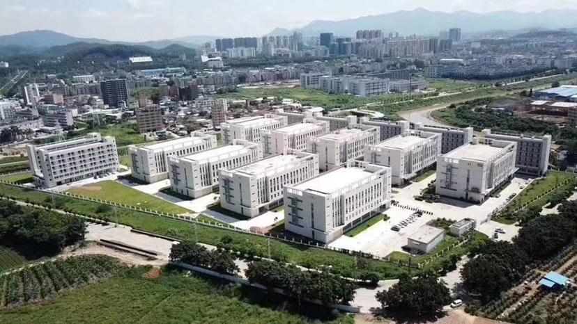 带电镀牌照厂房出售,江门占地131亩国有双证年限长厂房出售