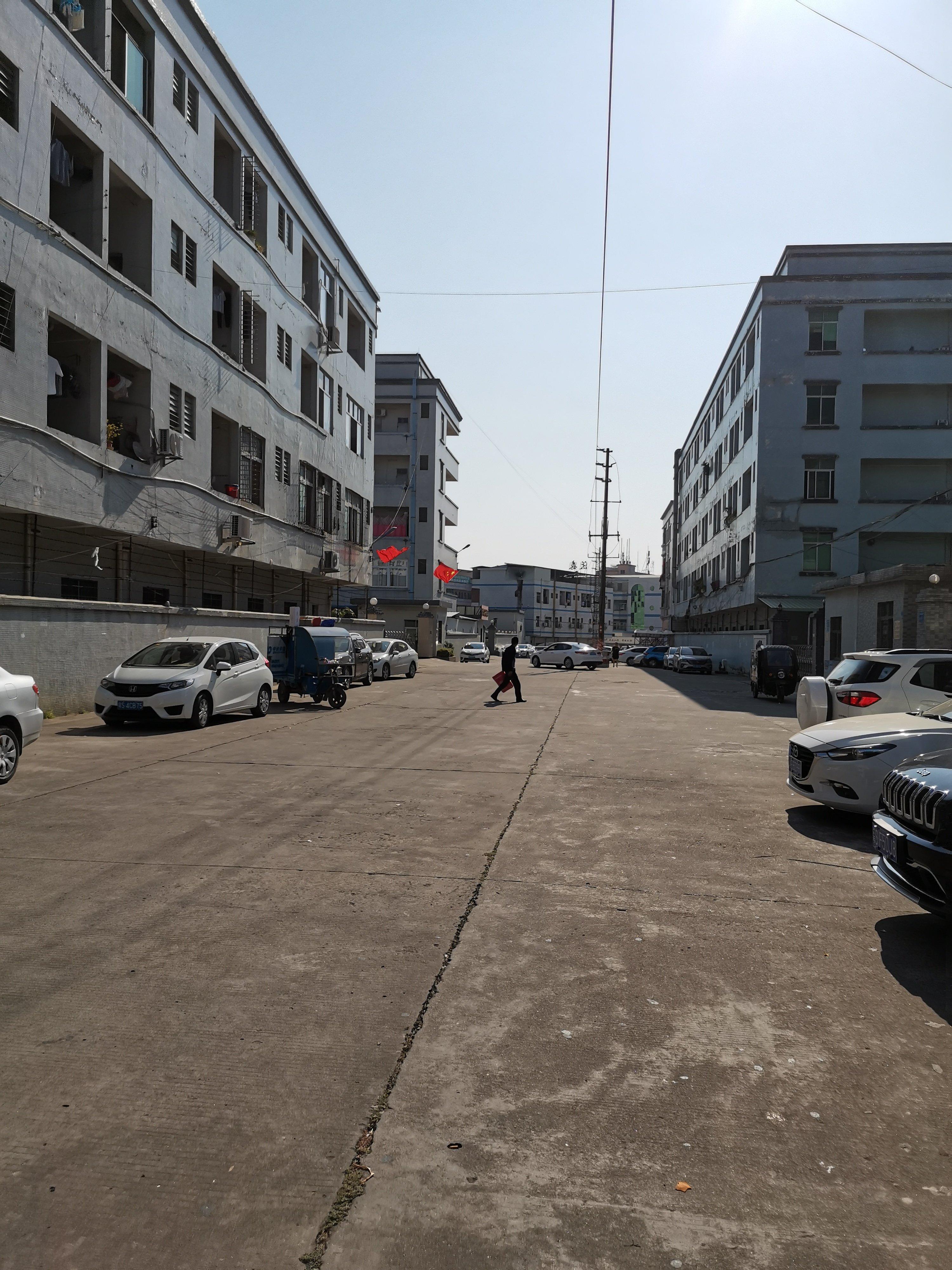 龙华独院红本厂房出售15000平