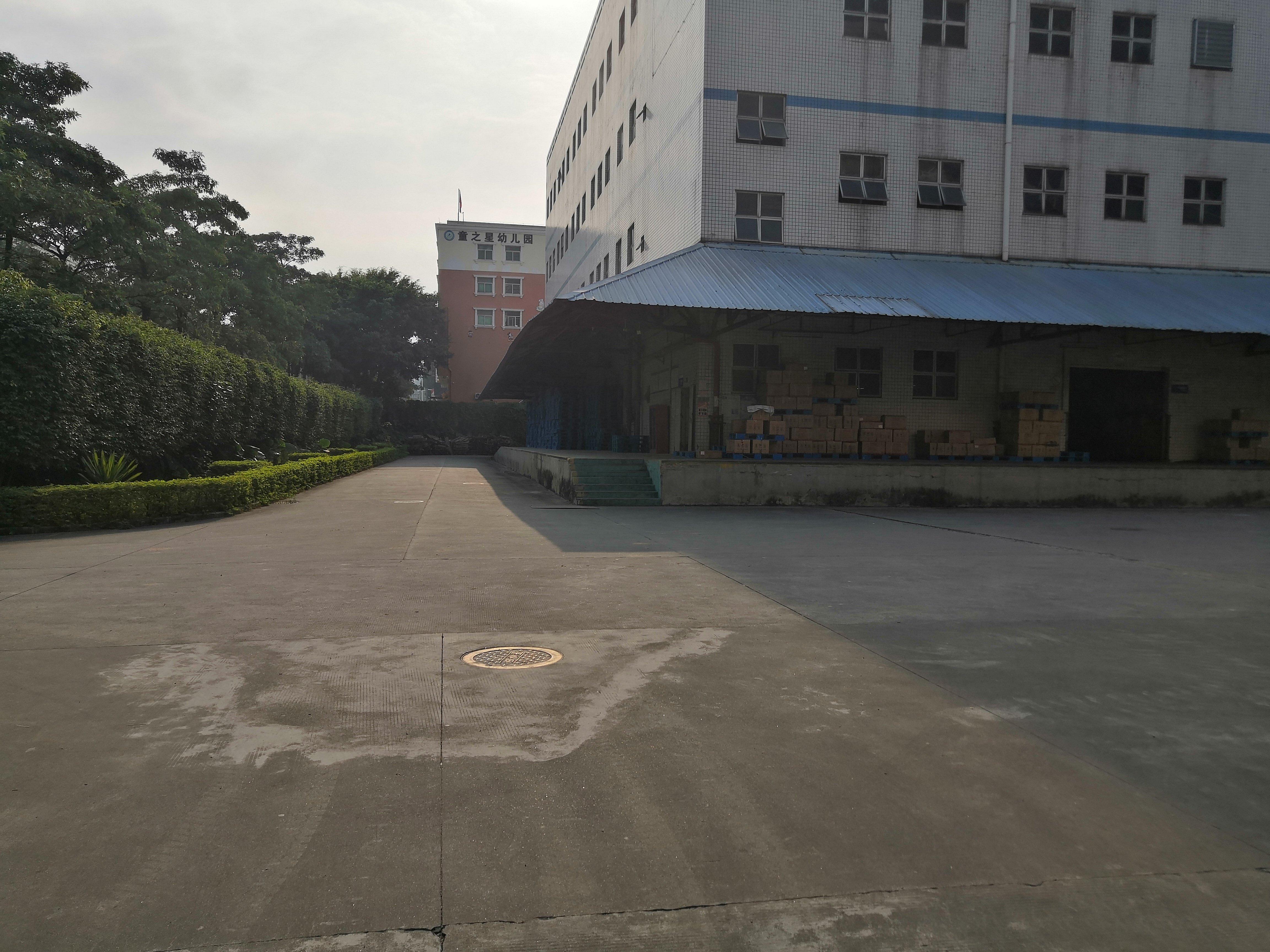 龙华大浪红本厂房独院一楼4500平米厂房出租仓库招租可分租