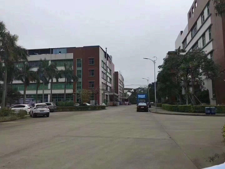 龙岗工业园楼上3600平方厂房出租