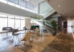 罗湖笋岗顶层复式豪华装修写字楼2659平方带阁楼出租!
