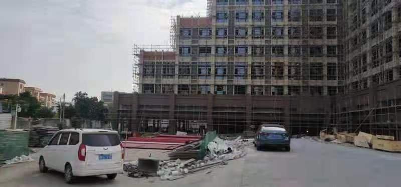 南海区大沥镇中心新出商业楼房1-9层总15000平,价格便宜