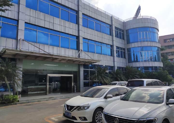 龙岗现成装修办公室出租,金典小独栋,2800平米,可以分租图片2