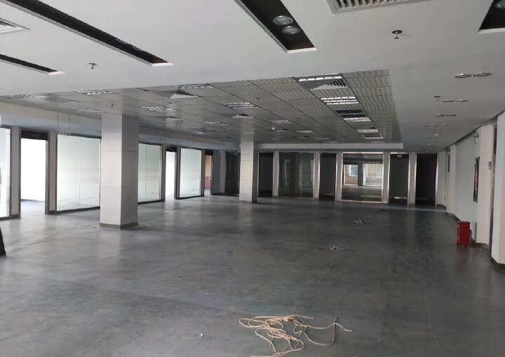 龙岗现成装修办公室出租,金典小独栋,2800平米,可以分租图片6