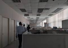 龙岗现成装修办公室出租,金典小独栋,2800平米,可以分租