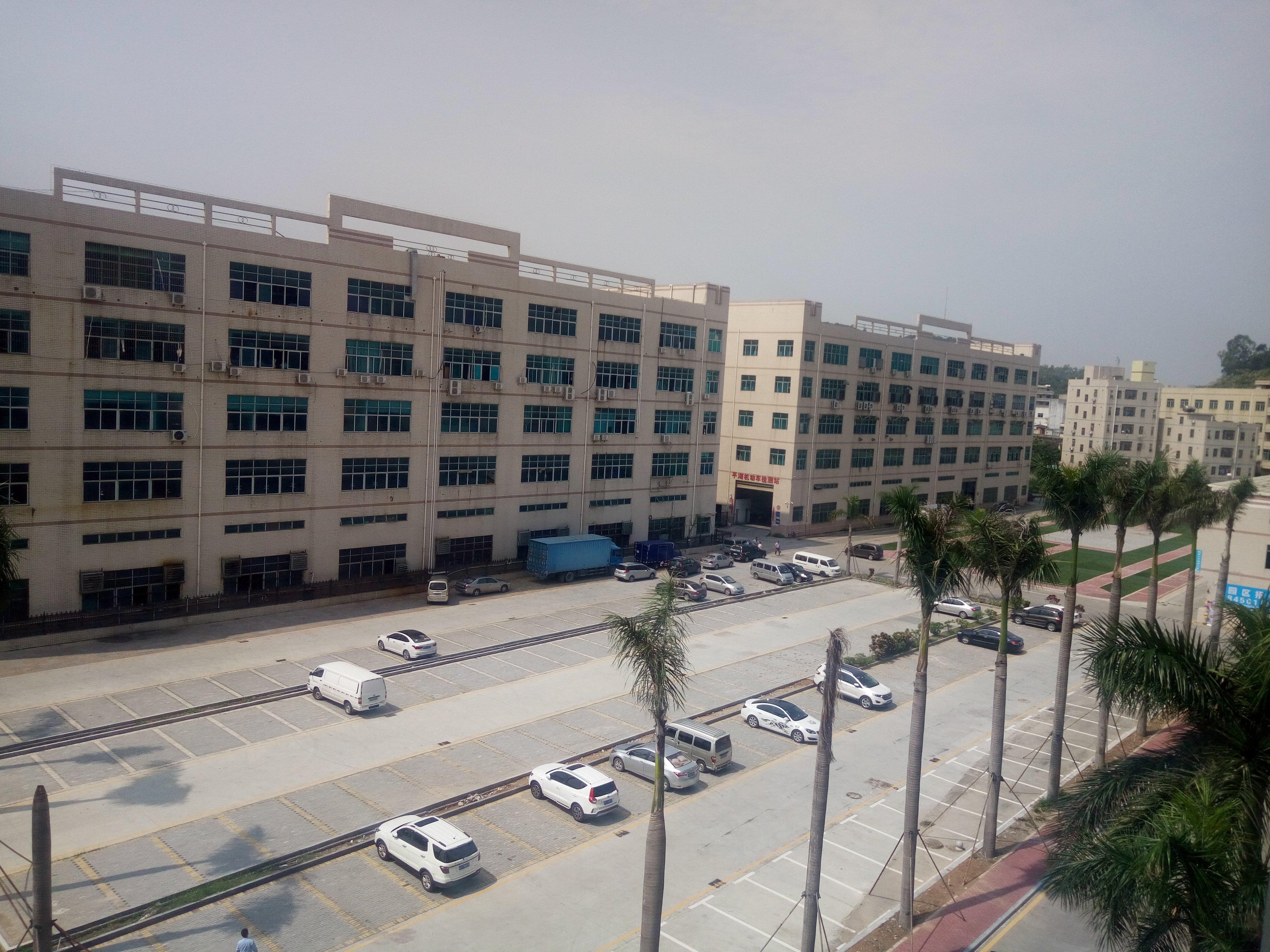平湖原房东楼上厂房2200平米出租,面积实在无公摊形象大气