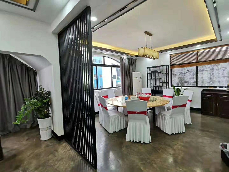 龙华龙胜地铁站独栋三层500平方整栋招租