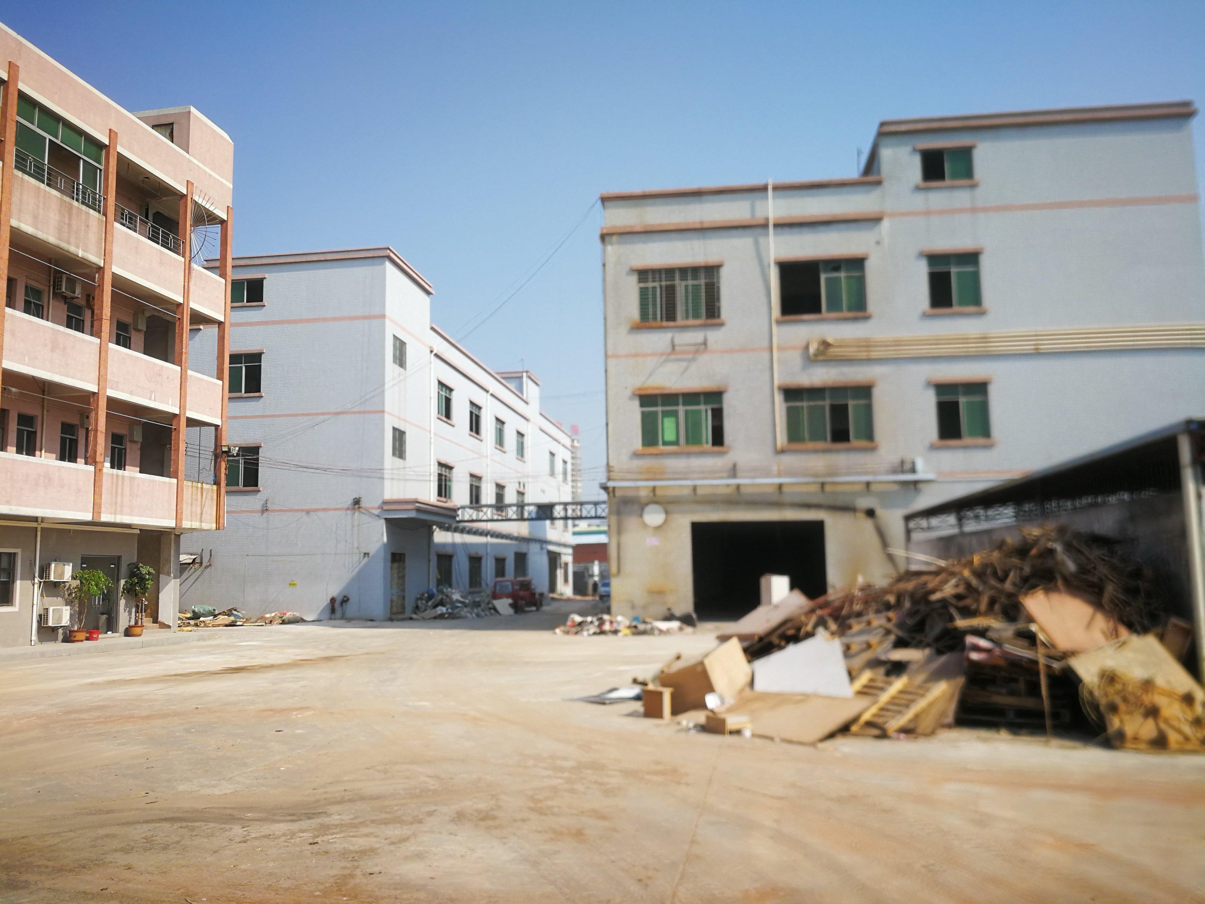 村委独院厂房招租,空地大,证件齐全,能办环评。