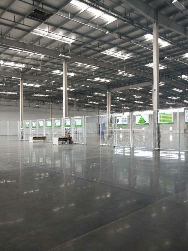 沌口丙二类仓库3000平米可分租,进出方便。配套齐全。
