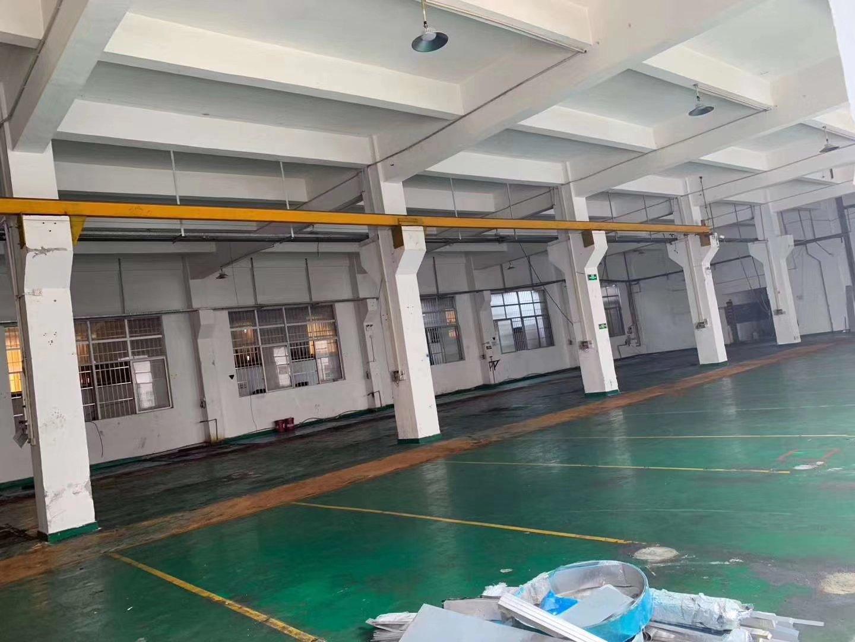 平湖清平高速出口山厦工业区一楼1050平厂房仓库出租
