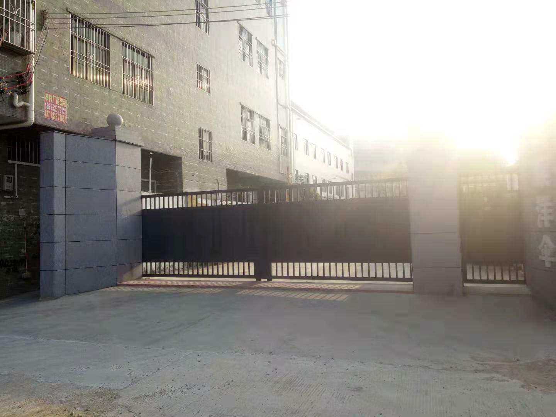 惠阳区新圩镇原房东现成装修楼上厂房1500平带红本价格便宜