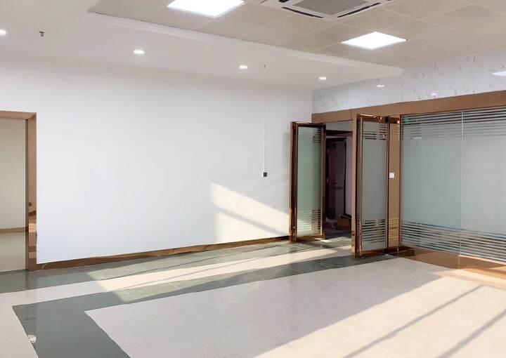 横岗六约地铁口写字楼出租精装修图片9