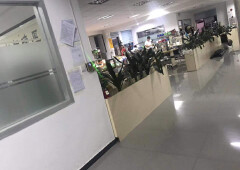 厚街镇寮厦工业园区办公室出租700方。豪华装修