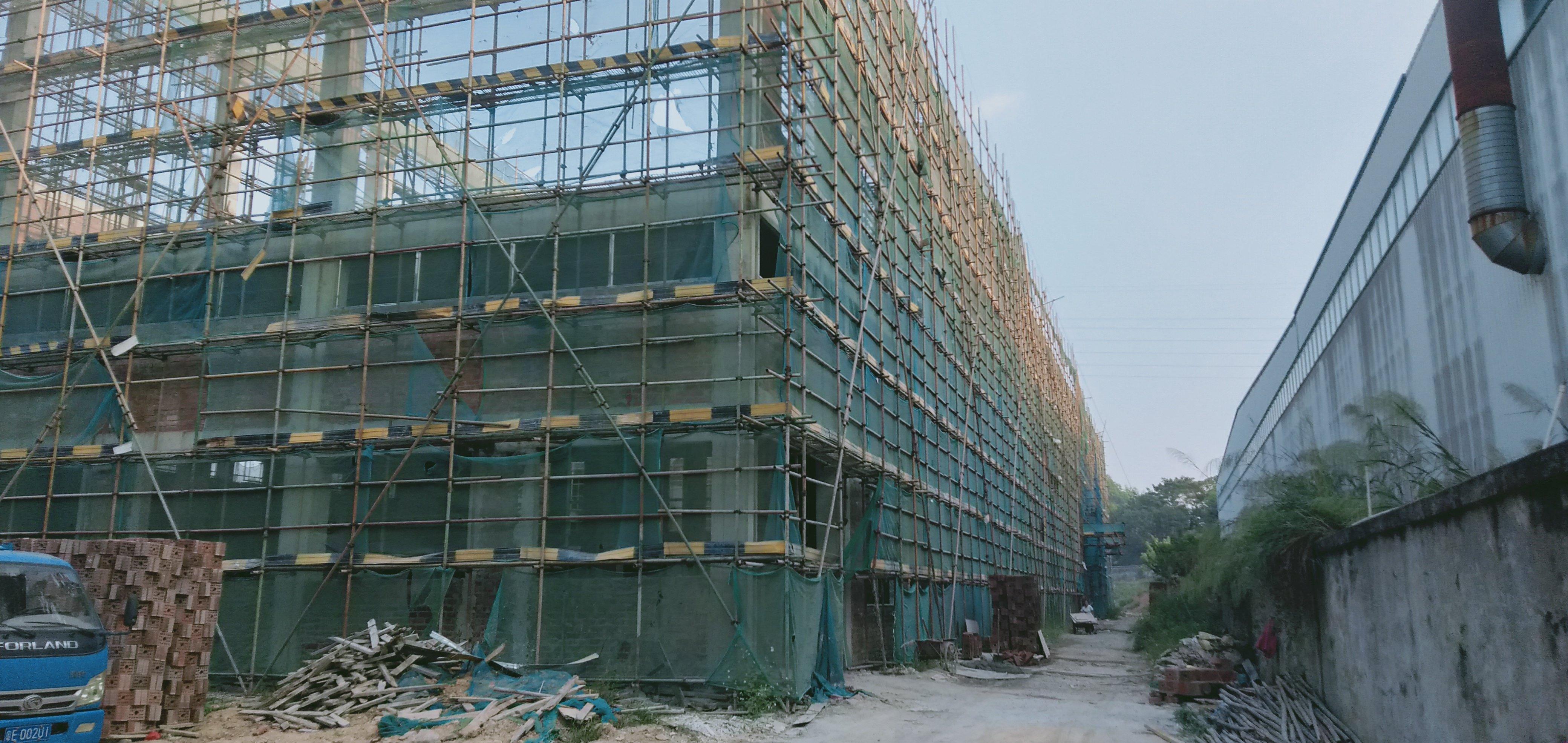 高明区荷城富湾工业区新建厂房仓库4000平方,可分租,电按需