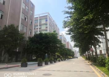 石岩福龙路口红本独院1/5层12500平方仓库出租,可分租图片5