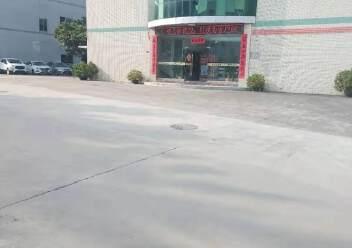 观澜梅观高速口两公里红本一楼1300平带喷淋厂房出租图片3