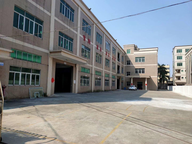樟木头镇龙林高速旁红本独院1~3层标准厂房17000平方出售