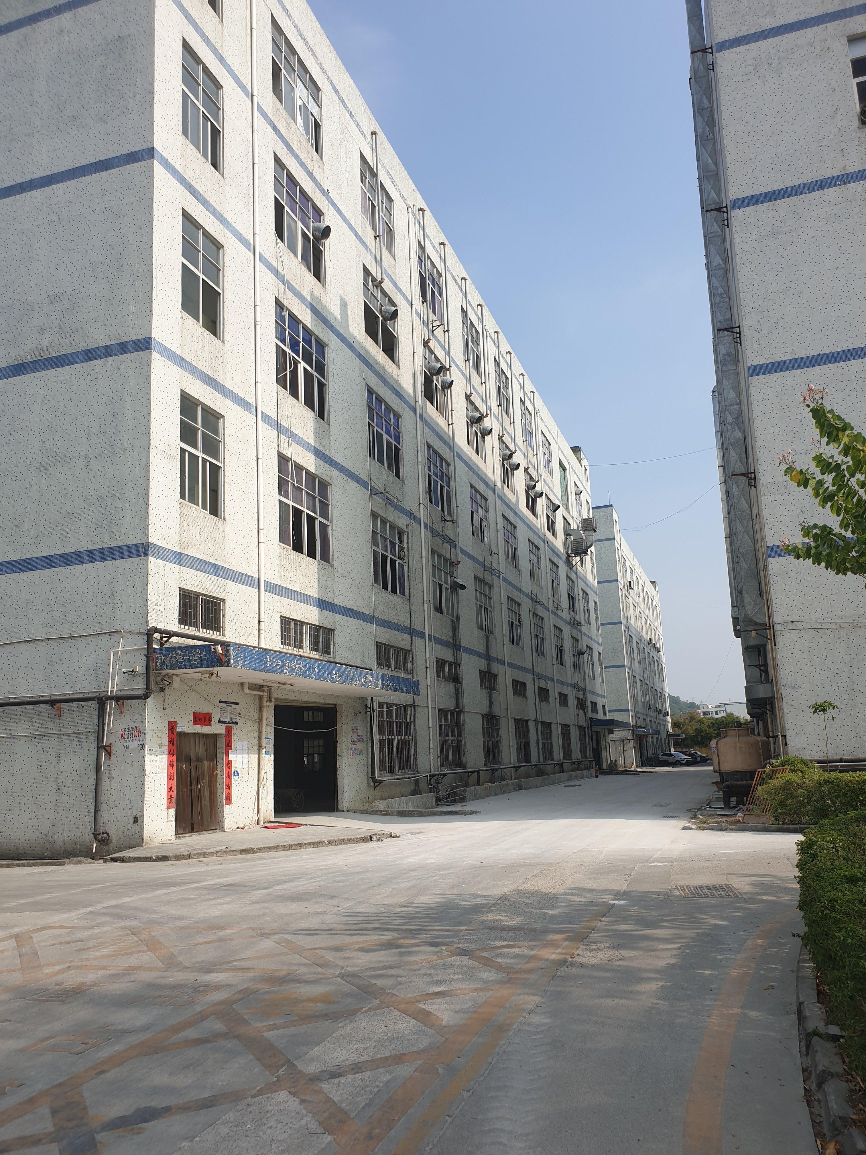 龙岗坪地原房东红本厂房7250平,报价19可办环评一楼高六米