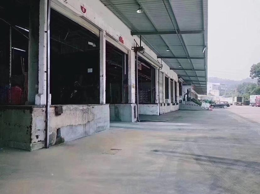 光明主路边上物流标准仓库,超大空地,丙二类消防,两边货台