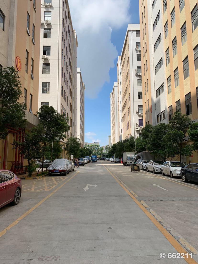 公明镇上村大型园区5楼2080平方米形象好带卸货平台