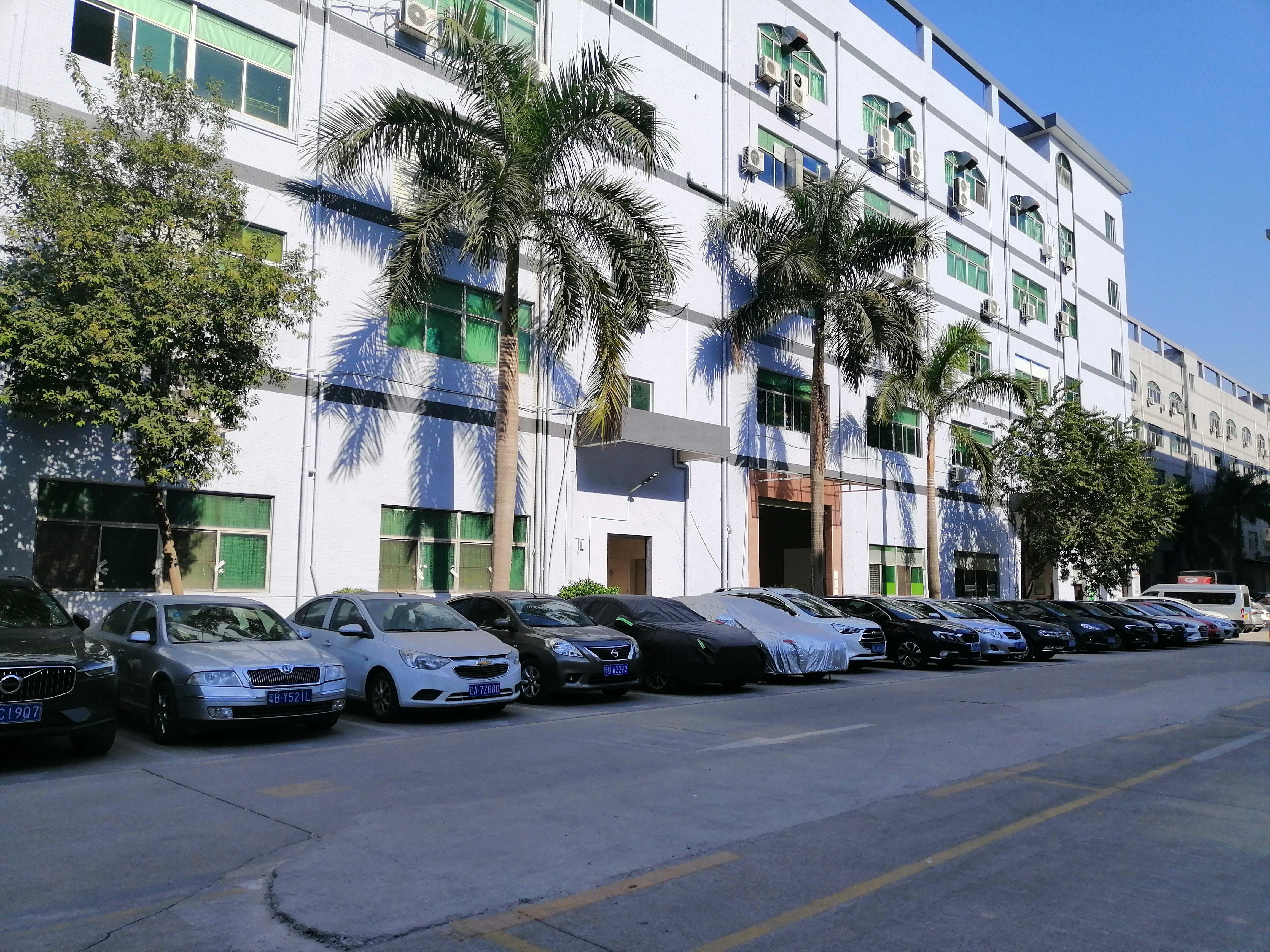深圳市龙岗区坂田高速路口旁边工业区红本厂房一楼超高使用率招租