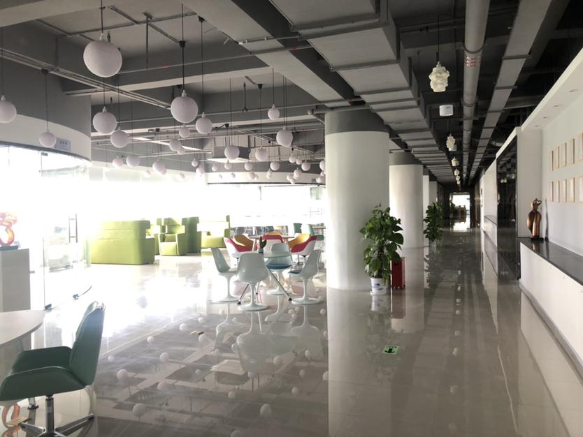 坪山大工业区红本带装修办公室仓库厂房320平方出租