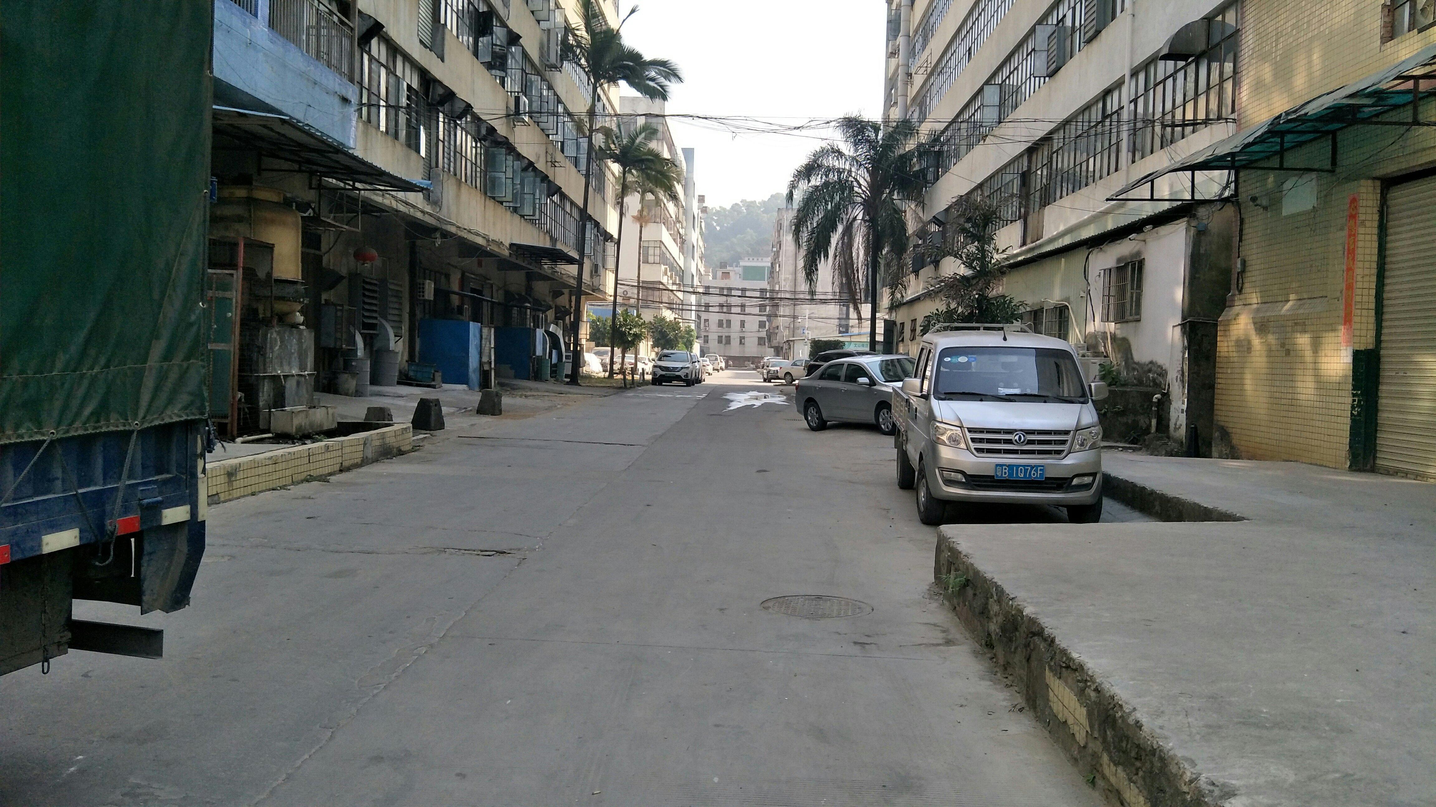 布吉工业区1万平方红本厂房出租100平分租招租求租