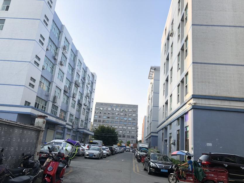 西乡固戍运昌路边一楼700平物流仓库招租