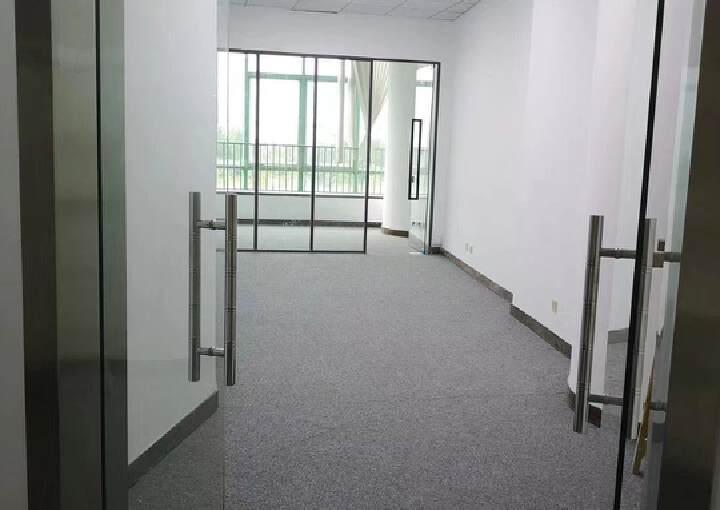 南山办公室西海明珠75平图片3