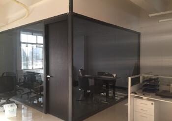 现成装修办公室,水电齐全,两面采光,免费停车图片3