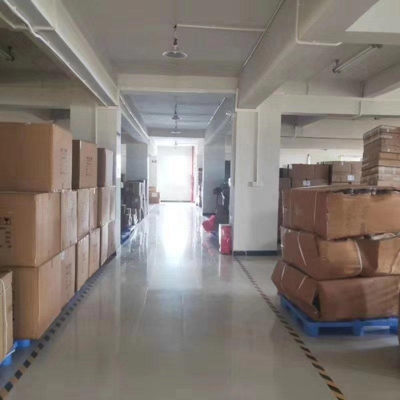 番禺钟村独门独院厂房出租1300方租金便宜可办环评。
