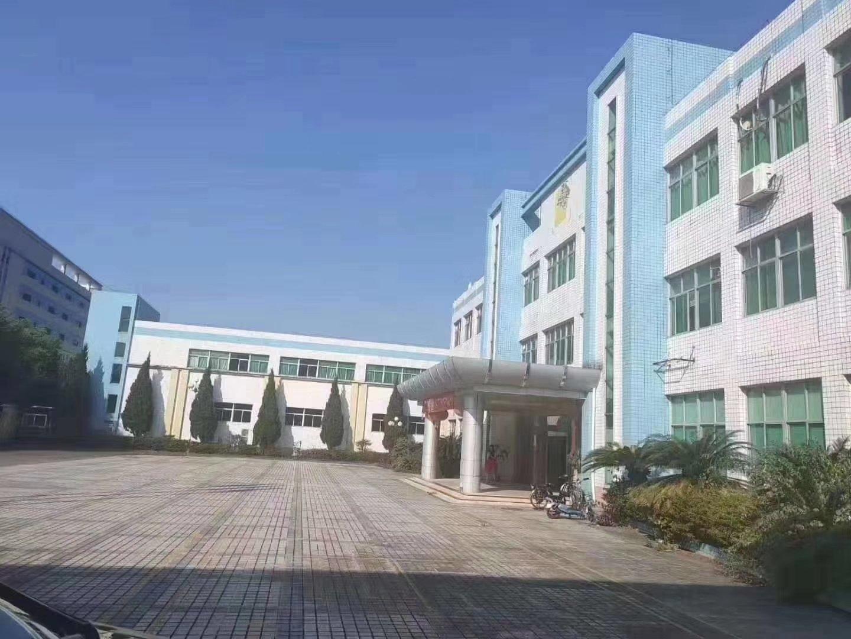 白云区均禾街道原房东独院厂房出租面积8600平可做化妆品仓库