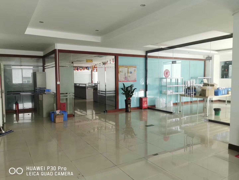 龙华大浪商业中心附近新出标准厂房楼上整层1500平,豪华装修