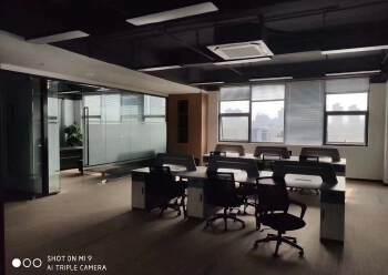 坂田地铁口空出写字楼500平,可分租图片4